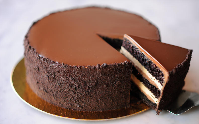 Silky Chocolate Truffle Cake Recipe